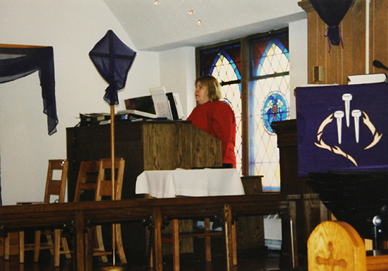Suzannah Gordon at the new organ 1998.